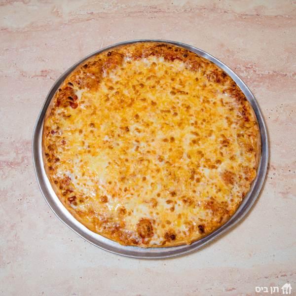 פיצה בהרכבה, פיצה קלאסית עם רוטב עגבניות ביתי, גבינה...