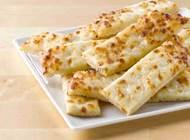 אצבעות גבינה 14 יח', מקלות גבינה בטעם נפלא - הבצק הטרי של פאפא...