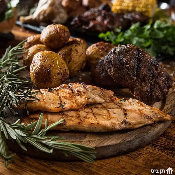ארוחת רק בשר, בשרים מוכנים עד הבית! המארז כולל 850...